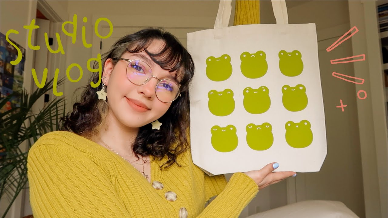 art studio vlog 013: frog totes, catching up & discussing art theft🐸