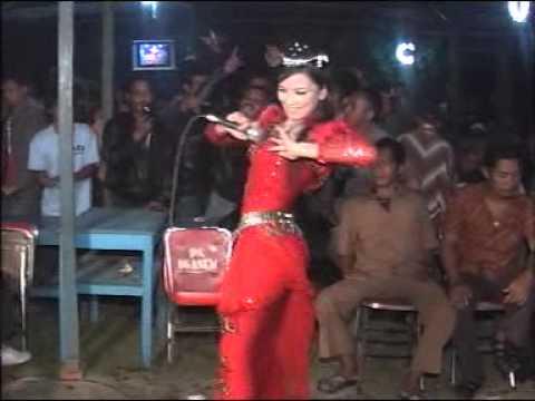 Cuma Kamu - Ira Sofira - Sangkuriang Goyang HOT Dangdut Koplo