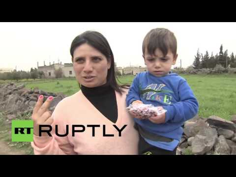 Syria: Russian troops deliver humanitarian aid to residents of Kanaya