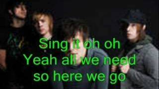 Boys like Girls - 5 minutes till midnight with lyrics