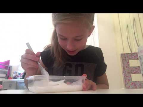 Thumbnail: Making slime With contact lense solution