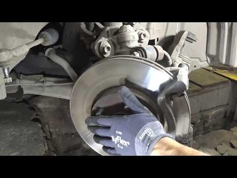 Nissan Primera P12 Замена передних ступичных подшипников - Replacement Of Front Wheel Bearings.