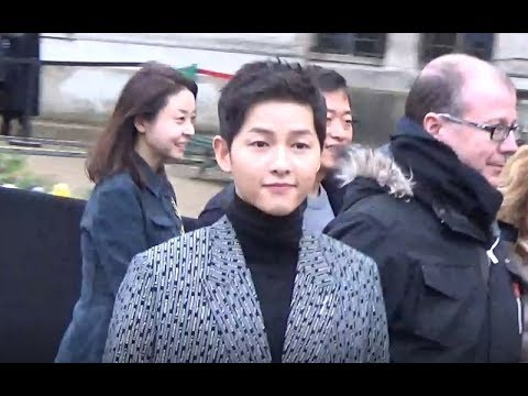 BTS TAKE WINE KISS OF SONGSONGCOUPLE SONG HYE KYO ❤ SONG JOONG KI NEW from YouTube · Duration:  2 minutes 26 seconds
