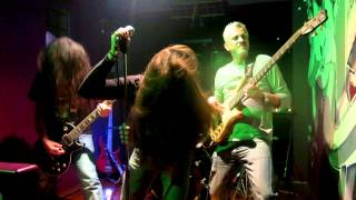 Blood Covered - Wounded Knee Live at The Pub