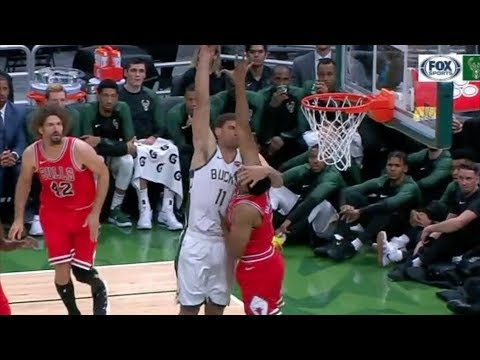 Lopez Dunks on Jabari Parker in Bucks Return! 2018-19 NBA Preseason