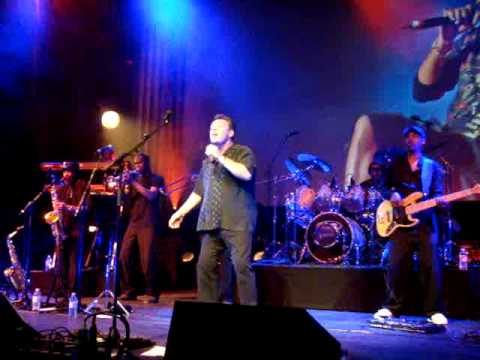 Ali Campbell & Dep Band - She's A Lady - Cambridge - 04/07/09