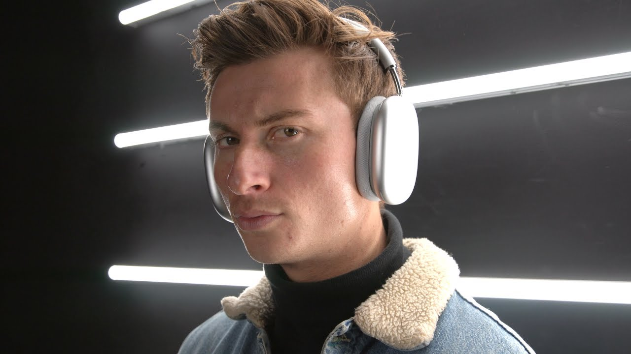 *wears AirPods Max once*