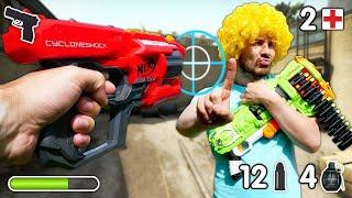 Игры стрелялки онлайн - Чей бластер Нерф круче? - Видео приколы для детей.