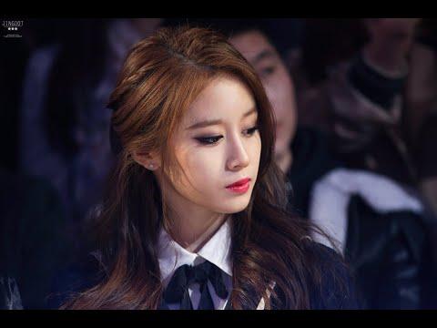 You're way too beautiful, Park Jiyeon