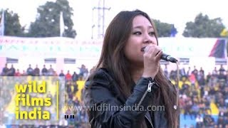 "Fiona Pachuau - ""Carry your candle"" live in Delhi"
