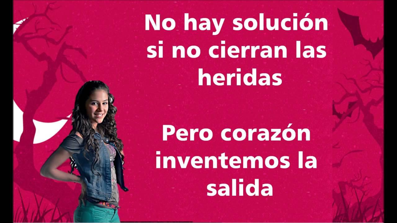 running shoes premium selection in stock Chica Vampiro Dame Las Buenas Letra by Alyssa Quesada