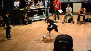 Bgirl Rayane (Brasil) vs WiDe (Peru) Euro Battle 2014