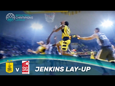 Jenkins shimmies along the baseline and lays it in!
