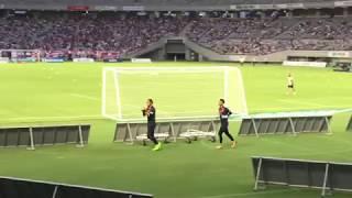 2017年8月13日、ヴィッセル神戸戦。 試合前、J1リーグ初スタメンの大久...