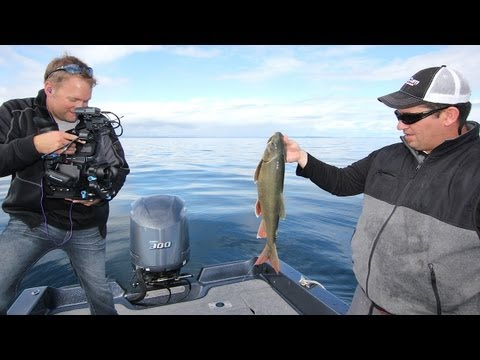 """Jig Big Swimbaits for Lake Trout -- """"In-Depth Outdoors"""" TV, Season 7, Episode 19"""