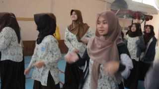Senam Pagi Sekolah Indonesia Riyadh 12 Desember 2013