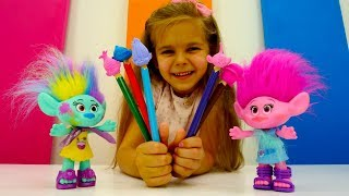 Игрушки Тролли - Розочка пишет картину. Идеи для кукол - Мультики для девочек
