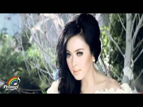Pop - Syahrini - Semua Karena Cinta (Official Music Video)