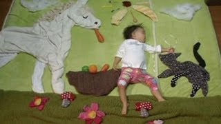 Video Japanese Mom Turns Her Sleeping Infant into Art download MP3, 3GP, MP4, WEBM, AVI, FLV Mei 2018