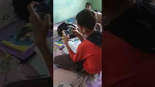 online classes ke naam par game khel te huye -Abhinav Nath