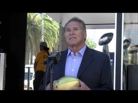 Jim Plunkett helps open countdown to Super Bowl 50 at Levi