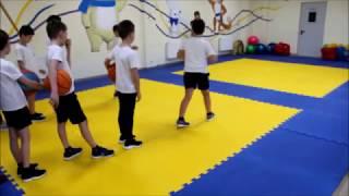 Открытый урок по физической культуре во 2 классе//Счастливое детство// Краснодар