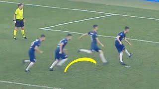 why-jorginho-jumps-when-he-takes-penalties-oh-my-goal
