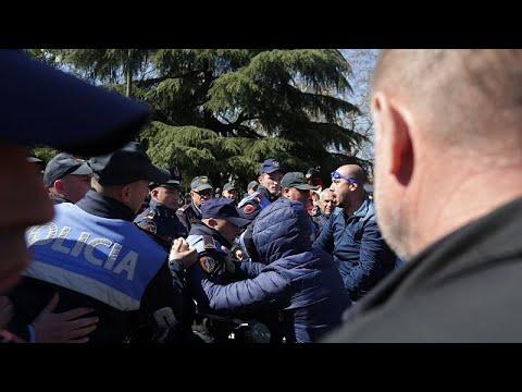 L'opposition albanaise manifeste à nouveau à Tirana