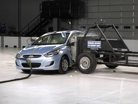 2012 Hyundai Accent side test