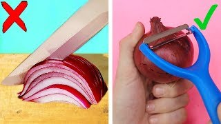 Trying 22 SIMPLE KITCHEN LIFE HACKS by 5 Minute Crafts