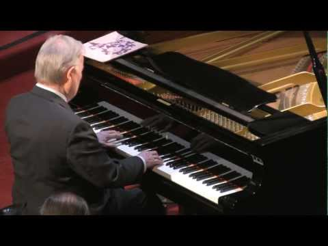 William Corbett-Jones performs Wolfgang Amadeus Mozart Sonata in B flat major, K. 570