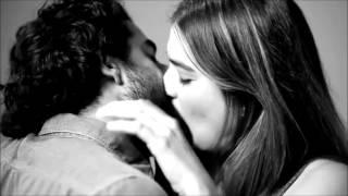 Gambar cover A.C - Feel 4 U (Strangers Kiss by Tatia PIlieva)