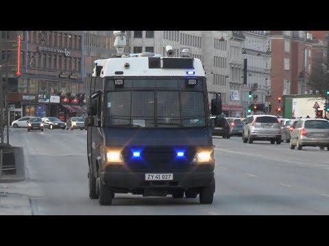 Copenhagen Police camera van responding code 3