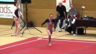 Dutch Gymnastics 2011 : Amber Davies FX