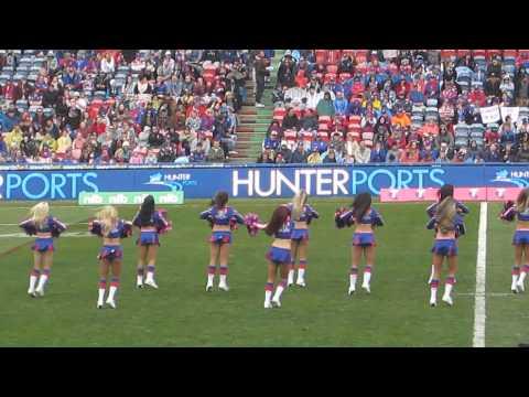 Newcastle Knights Cheerleaders