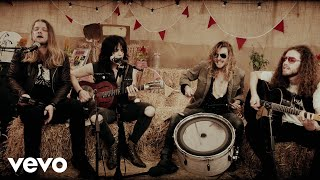 Tyler Bryant & The Shakedown - Ramblin' Bones (uDiscoverMusic 2017 Session) thumbnail