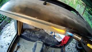Лужение кузовных деталей пастой для лужения(Паста куплена в Киеве, продавец сказал что её хватит чтоб весь кузов целиком облудить. Проём был отпескостр..., 2013-06-23T12:01:14.000Z)