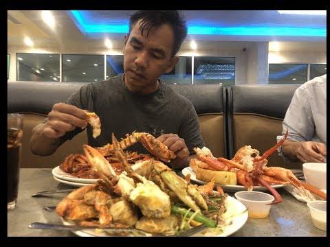 Bong Generalបរិភោគ អាហារប៊ូហ្វេ    Bong General Eatting Buffet  At The Luxe Buffet
