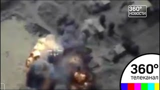 Минобороны опубликовало видео ракетного удара по позициям боевиков в Сирии