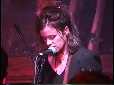 Babes In Toyland - (The Wetlands) New York City 10.22.95