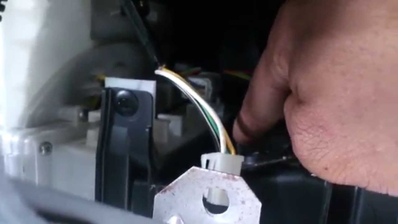 Remove Blower Motor Resistor On Mitsubishi Lancer Youtube