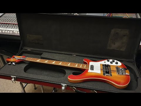 Fake Vintage Rickenbacker 4001 Bass Guitar - Scary Counterfeit Video