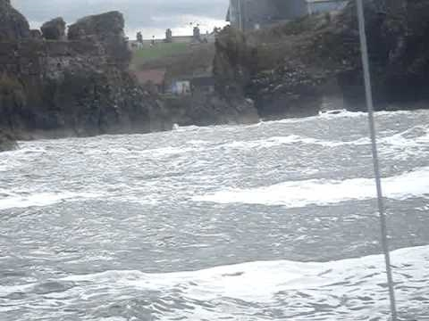 Whisper Entering Dunbar Harbour In A Heavy Swell 290810