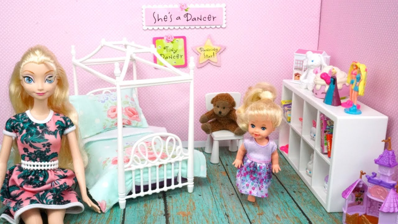 Barbie Bedroom In A Box: Elsa Toddler Gets A New Barbie Bedroom