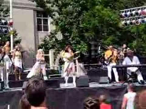 ABBA GOLD - Dancing Queen LIVE 2006 EXCELLENT
