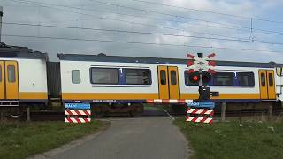 Spoorwegovergang Lewedorp/ Passage a Niveau/ Railroad-/ Level Crossing/ Bahnübergang