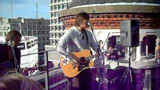 Play The English Way (Acoustic Version)