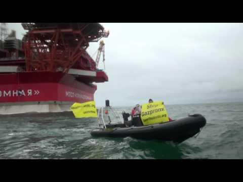 Greenpeace Activists board Gazprom Arctic Oil Platform