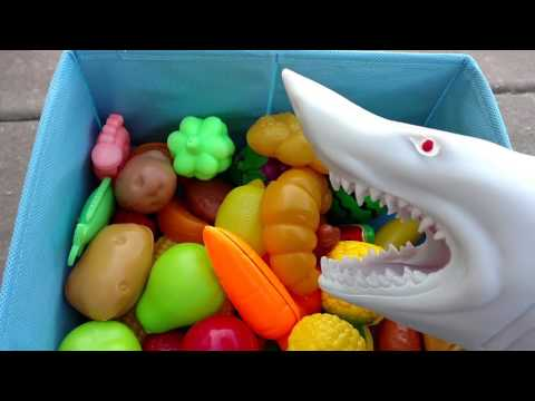 learn-names-of-fruits-and-vegetables/-puppet-shark-eating-fun-learning-for-children
