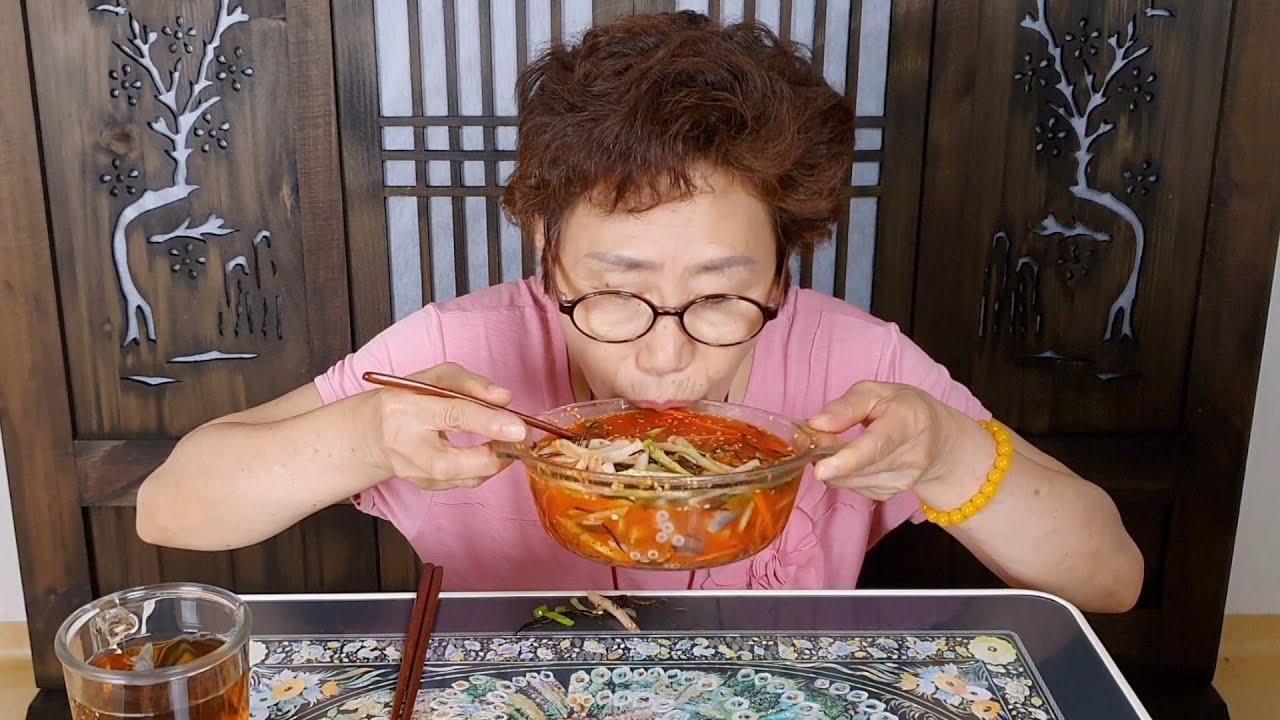 집밥먹방) 바다포도, 광어, 산낙지를 넣은 해초물회 먹방 ASMR (feat.친손녀의 요청)_리얼사운드